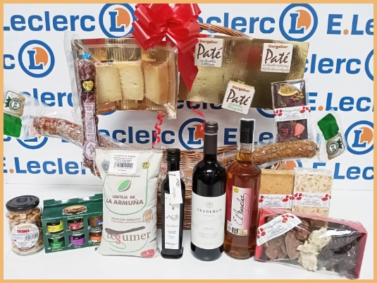 Detalle de los productos de la Cesta de Navidad 2 de Salamanca en Bandeja en E. Leclerc
